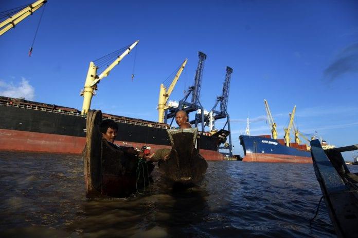 Thilawa SEZ economy Myanmar reuters