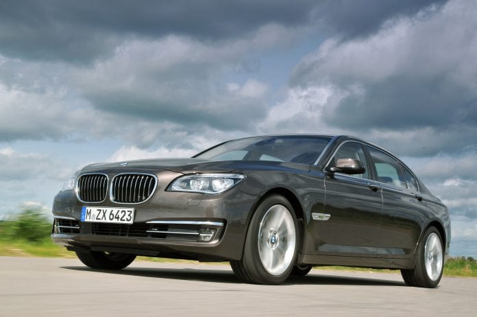 P90100166-BMW 7 Series