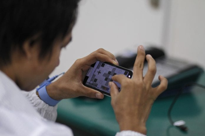 Myanmar mobile phone telecom smartphone (1)