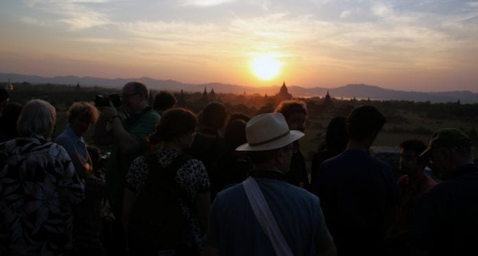 Bagan sunset tourists
