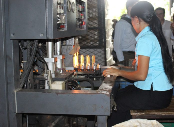 Myanamr garment factory industrial zone yangon EU labour electricity power industry (26)