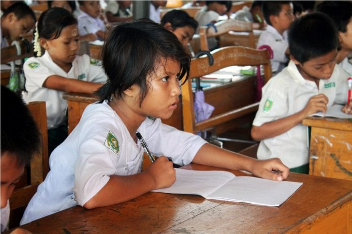 Myanmar school student education myawaddy (6)
