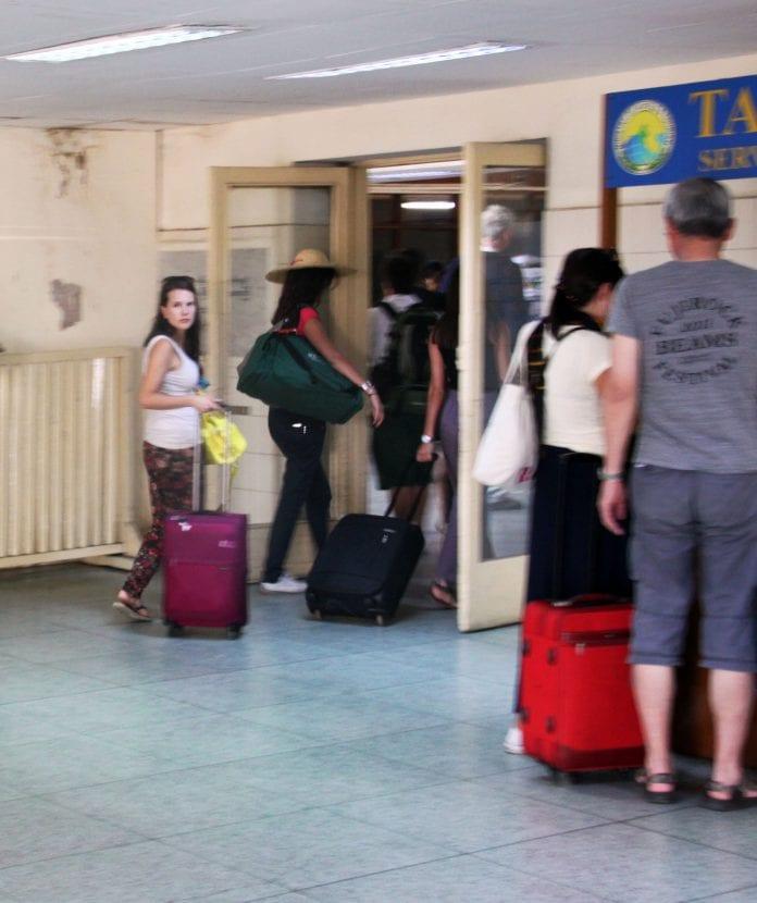 Tourist bagan airport