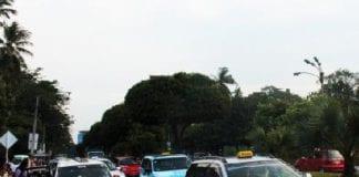 taxi yangon traffic