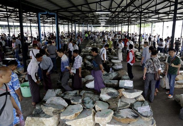 Myanmar jade ruby pearl show emporium (1)