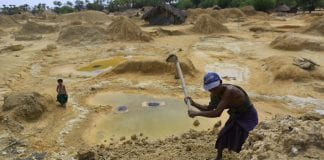 Gold mining Myanmar mine investment economy (2)