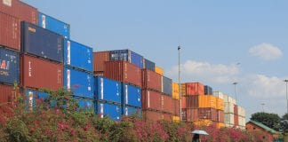 export container import