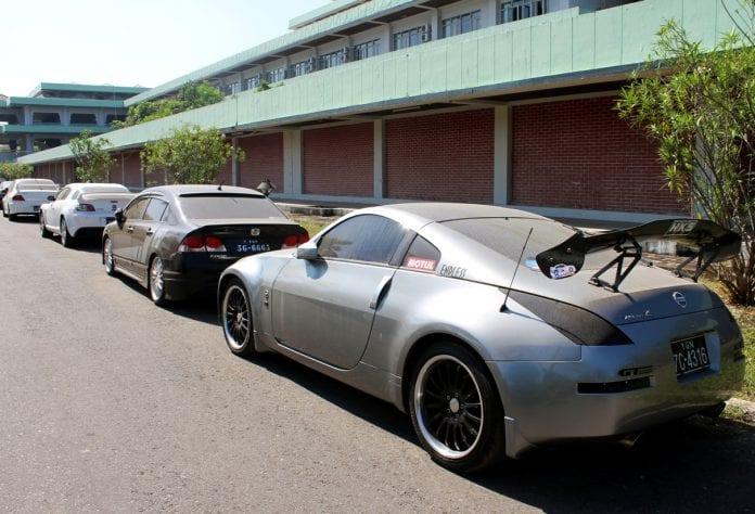 racing cars automobile