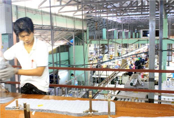Myanamr garment factory industrial zone yangon EU labour electricity power industry (52)