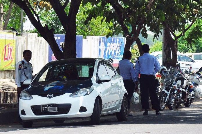 taxi bribery car traffic police Myanmar (2)