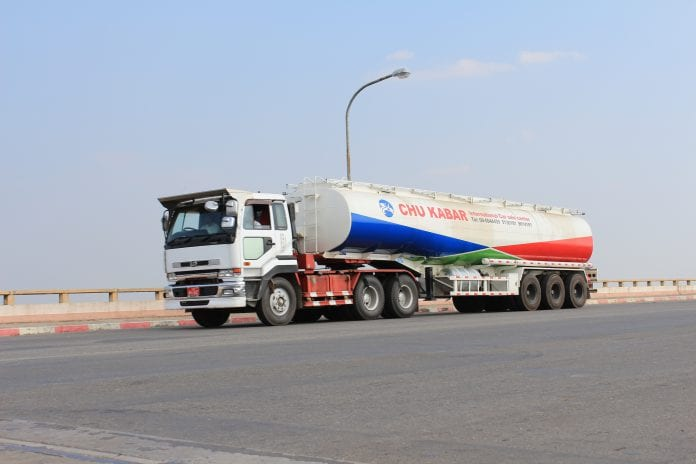 fuel truck oil gas energy