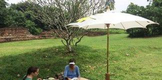 990-Khiri-Travel-Thailand-picnic-Chiang-Mai-temple